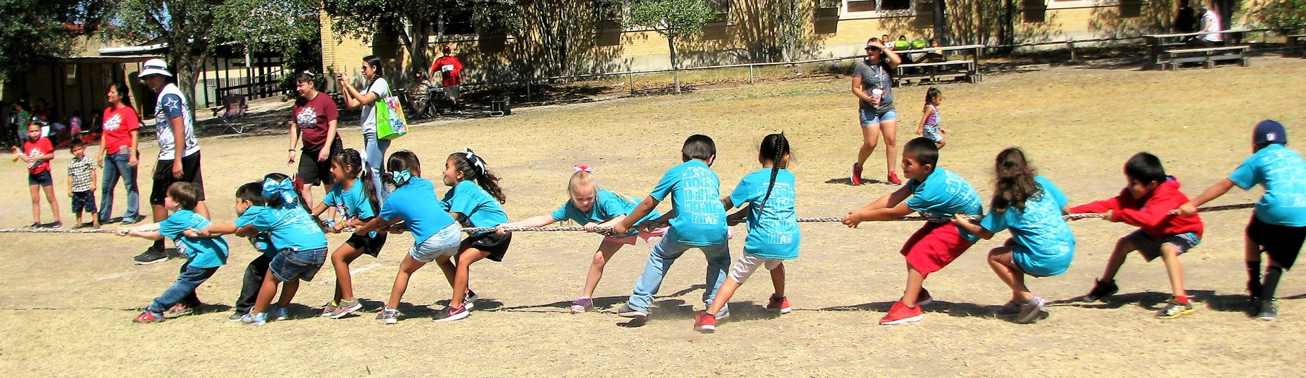 Mathis Elementary Tug of War
